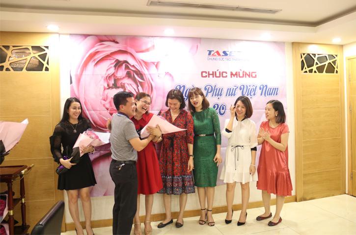Ngày Phụ nữ Việt Nam 20/10/2018